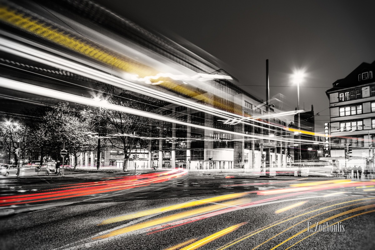 At The Speed Of Light, Bahn, Bavaria, Chromakey, Colorkey, Dark, Deutschland, EZ00043, Fine Art, FineArt, Gelb, Germany, Karlsplatz, Light Trails, MVG, Munich, München, Nacht, Night, Rot, Speed, Stachus, Traffic, Trails, Tram, Yellow, Zouboulis, intersection, kreuzung, red, zouboulis photography