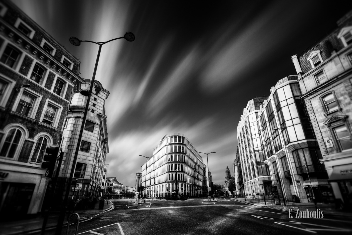 Architecture, Architektur, Art, Black And White, Britain, City, Crossroads, EZ00049, England, Financial District, Fine Art, FineArt, GB, Great Britain, House, Kunst, Langzeitbelichtung, London, Long Exposure, Metro, Monochrom, Monochrome, Schwarzweiss, UK, United Kingdom, Zouboulis, metropole, urban, zouboulis photography