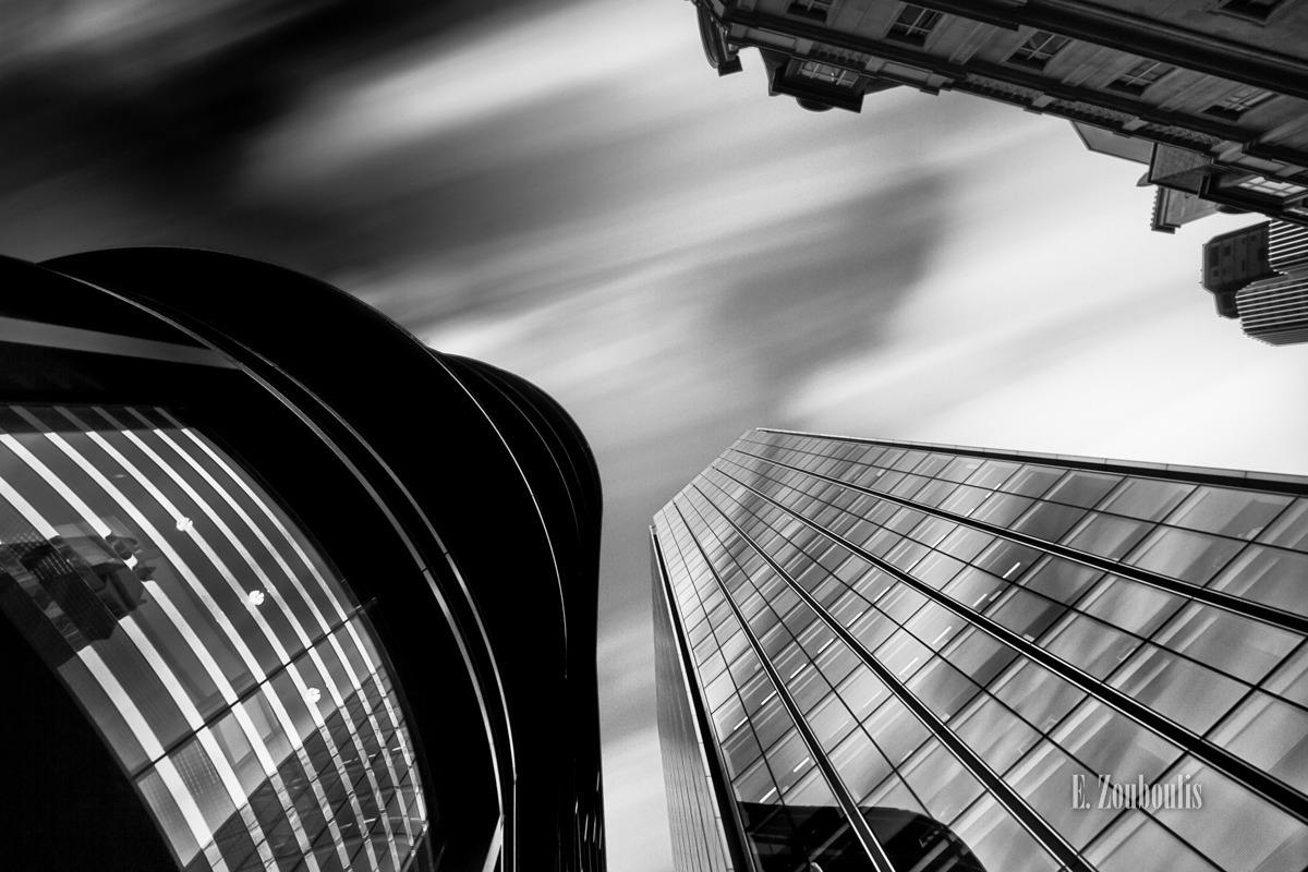 Architecture, Architektur, Art, Black And White, Britain, City, Cloud Movement, Clouds, EZ00057, England, Fassad, Fassade, Fine Art, FineArt, Glass, Great Britain, House, Kunst, Langzeitbelichtung, London, Long Exposure, Monochrom, Monochrome, Schwarzweiss, Tag, UK, United Kingdom, Wolken, Zouboulis, bank, day, horizons, horizonte, skyscrapers, wolkenbewegung, wolkenkratzer, zouboulis photography