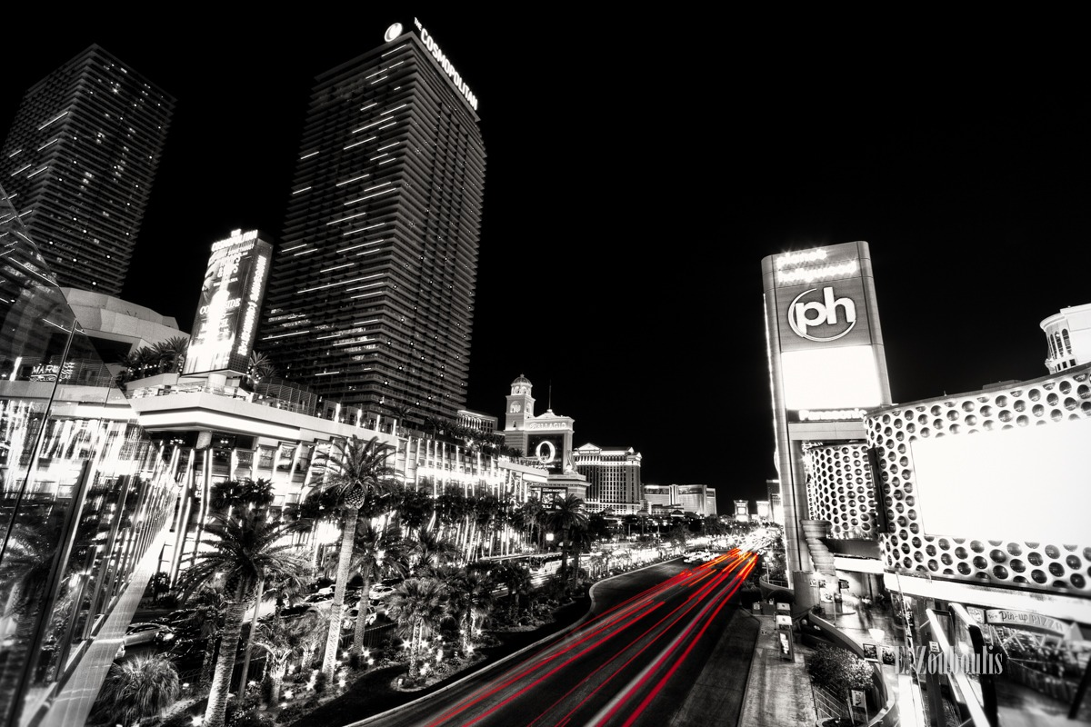 At The Speed Of Light, Bellagio, Casino, Chromakey, Colorkey, Cosmopolitan, Dark, Dunkel, EZ00072, Fine Art, FineArt, Las Vegas, Las Vegas Strip, Licht, Light Trails, Nacht, Nevada, Night, Planet Hollywood, Sin City, Sin City Las Vegas At The Speed Of Light, Strasse, Street, Strip, Traffic, Trails, USA, United States of America, Zouboulis, red, zouboulis photography