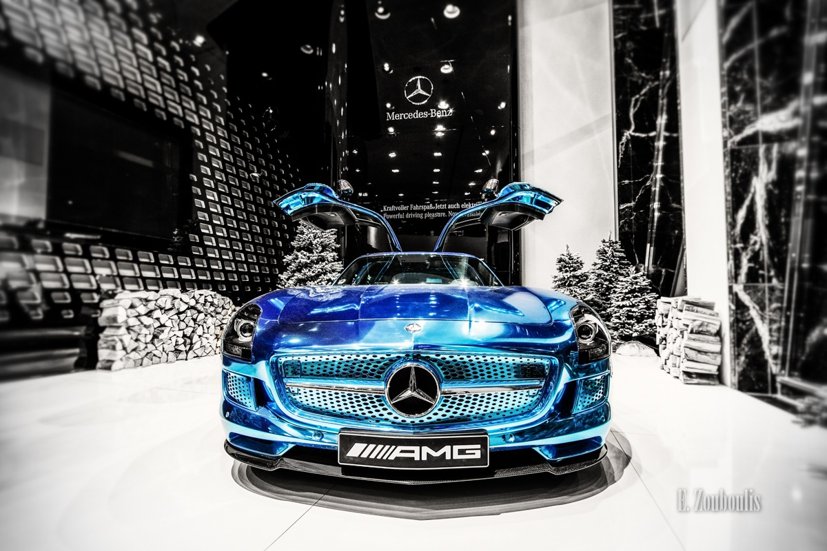 AMG, Automotive, Benz, Berlin, Blau, Blue, Cars, Christmas, Chromakey, Colorkey, Deutschland, EZ00085, Fine Art, FineArt, Germany, Mercedes, SLS, Weihnachten, Zouboulis, edrive, electric, showcase, sls amg electric drive, zouboulis photography