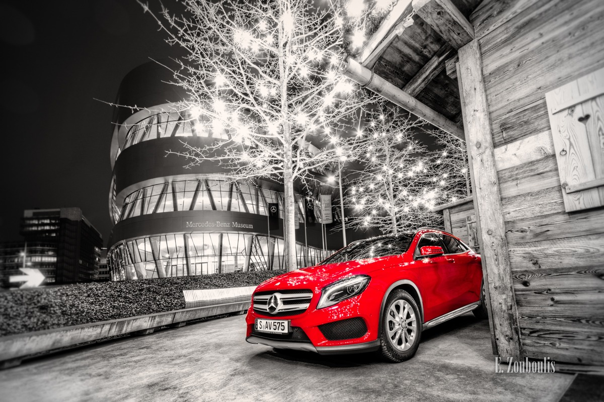 Auto, Automotive, Benz, Cannstatter Hütte, Cars, Christmas, Chromakey, Colorkey, Deutschland, Dunkel, EZ00094, Fine Art, FineArt, GLA, Germany, Licht, MBRent, Mercedes, Mercedes Benz Bank, Mercedes Benz Museum, Mercedes Benz Rent, Museum, Nacht, Night, Rot, Stuttgart, Weihnachten, Zouboulis, bank, red, zouboulis photography