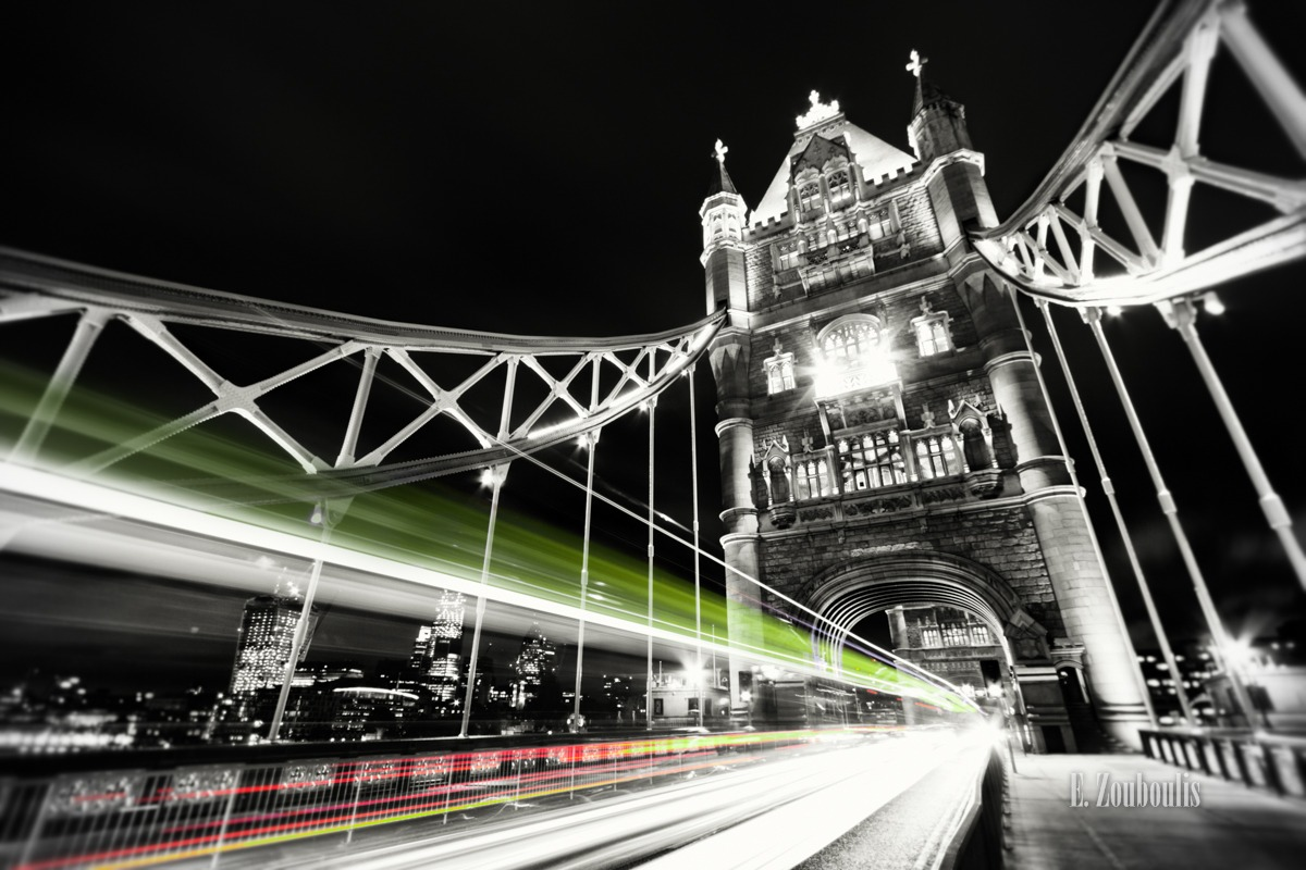Art, At The Speed Of Light, Bridge, Britain, Chromakey, Colorkey, EZ00100, England, Fine Art, FineArt, Great Britain, Green, Light Trails, London, Nacht, Night, Shard, Streak, Tower Bridge, Traffic, Trails, Transport, UK, United Kingdom, Zouboulis, zouboulis photography