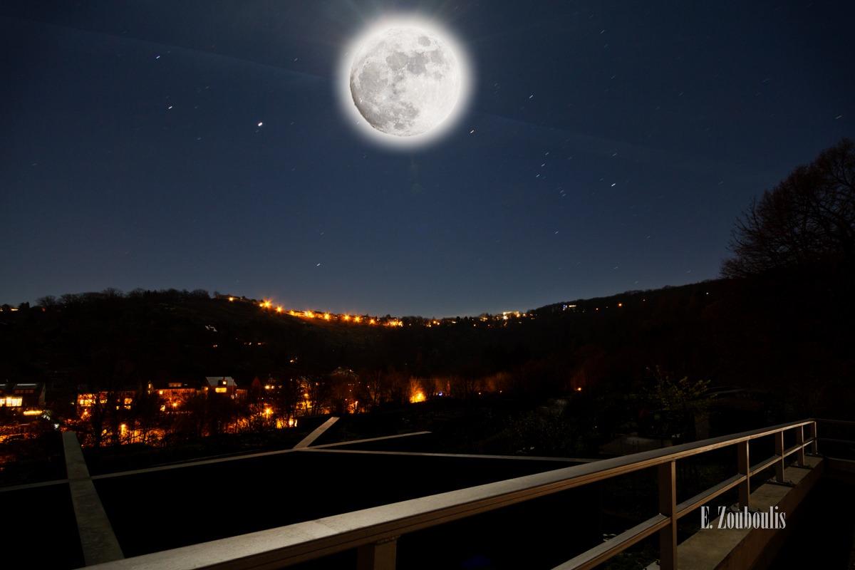 Abend, Blau, Bright, Deutschland, Dunkel, Dämmerung, EZ00158, Fine Art, FineArt, Full Moon, Germany, Hell, Heslach, Licht, Mond, Moon, Nacht, Night, Stuttgart, Stuttgart Süd, Süd, Vollmond, Zouboulis, zouboulis photography