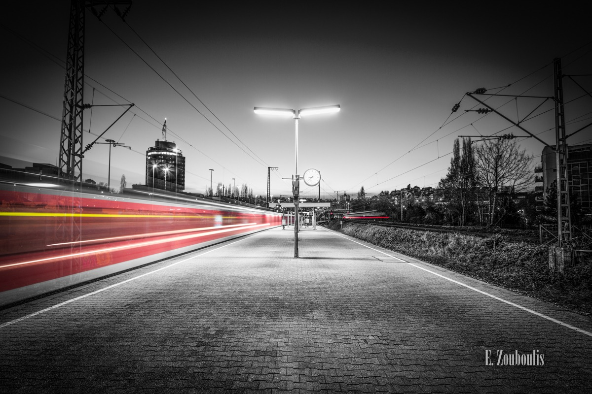 Alpina, At The Speed Of Light, Bahn, Bülow, Bülow AG, Chromakey, Colorkey, DB, Deutschland, Dunkel, EZ00184, Fine Art, FineArt, Gelb, Germany, Immobilien, Last Train, Licht, Light Trails, Nacht, Night, Nordbahnhof, Rot, S-Bahn, Speed, Station, Stuttgart, Traffic, Trails, Train, Turm, Yellow, Zouboulis, bahnhof, business, red, speeding, zouboulis photography