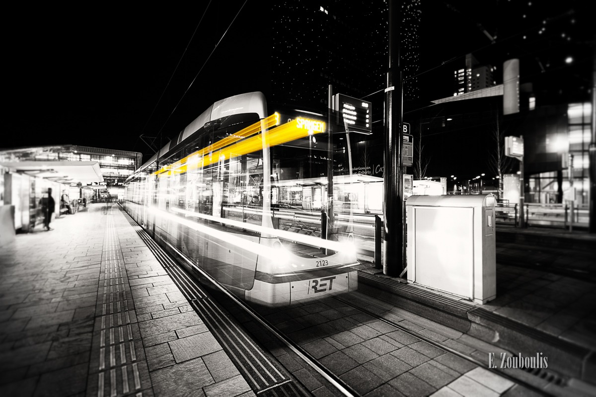 At The Speed Of Light, Chromakey, City, Colorkey, Dark, Dunkel, EZ00256, Fine Art, FineArt, Gelb, Langzeitbelichtung, Licht, Light Trails, Long Exposure, Metro, Nacht, Netherlands, Night, RET, Rotterdam, Speed, Traffic, Trails, Train, Train Station, Tram, Yellow, Zouboulis, centraal, centraal station, dutch, passengers, rotterdam central, rotterdamse elektrische tram, spangen, track, zouboulis photography