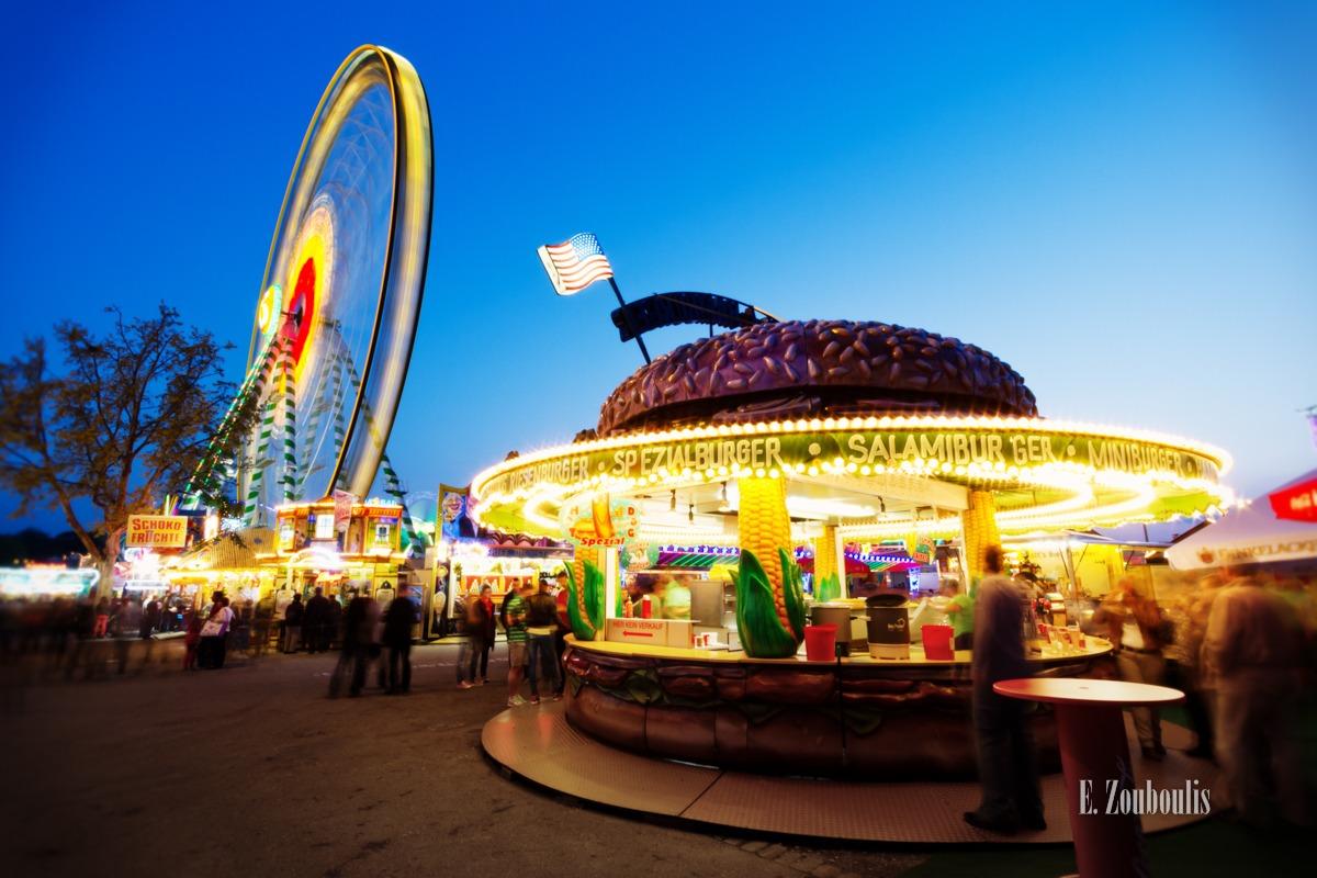 Amusement Park, Angular Velocity, Bad Cannstatt, Blaue Stunde, Blue Hour, Cannstatt, Cannstatter Wasen, Deutschland, EZ00289, Ferris Wheel, Fest, Festival, Fine Art, FineArt, Frühlingsfest, Germany, Oktoberfest, Riesenrad, Skywheel, Speed, Stuttgart, USA, Volksfest, Wasen, Zouboulis, burger, circles, flag, fun, hamburger, lights, ride, spass, zouboulis photography