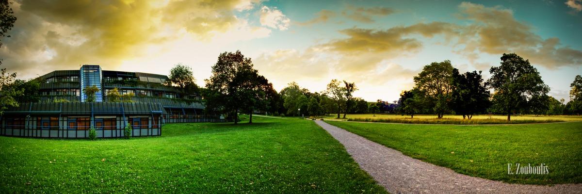 360, Baden-Württemberg, Bäume, Clouds, Deutschland, EZ00292, Fine Art, FineArt, Germany, Green, Grün, Himmel, Landscape, Licht, Museum, Panorama, Rasen, Sky, Sonnenuntergang, Stuttgart, Sunset, Tag, Trees, Wolken, Zouboulis, day, erholsam, erholung, landschaft, löwentor, löwentormuseum, natur, nature, park, rosensteinpark, zouboulis photography