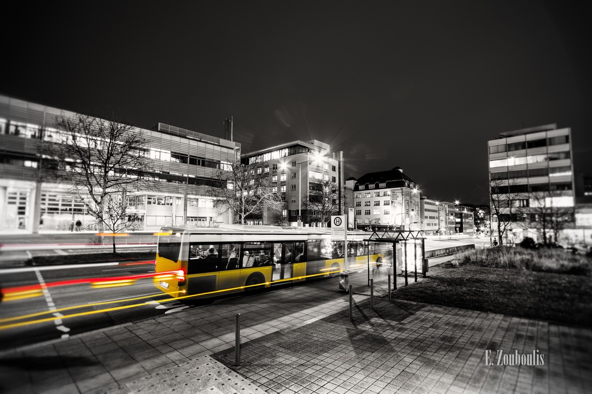 At The Speed Of Light, Bus, Chromakey, Colorkey, Deutschland, Dunkel, EZ00330, Fine Art, FineArt, Gelb, Germany, Ghost, Licht, Light Trails, Nacht, Night, Rot, Stuttgart, Traffic, Trails, Yellow, Zouboulis, bus station, bus stop, haltestelle, innenstadt, katharinenhospital, krankenhaus, olgahospital, olgale, red, stop, zouboulis photography