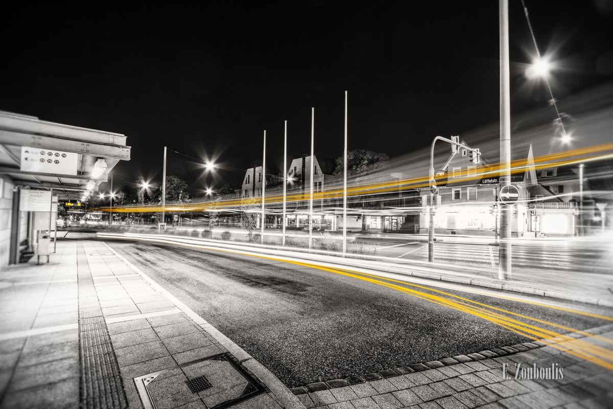 At The Speed Of Light, Bus, Chromakey, Colorkey, Deutschland, Dunkel, EZ00332, Fine Art, FineArt, Gelb, Germany, Geschwindigkeit, Licht, Light Trails, Nacht, Night, SSB, Speed, Stuttgart, Traffic, Trails, Velocity, Yellow, Zouboulis, bus stop, bushaltestelle, degerloch, haltestelle, löffelstraße, stop, zouboulis photography
