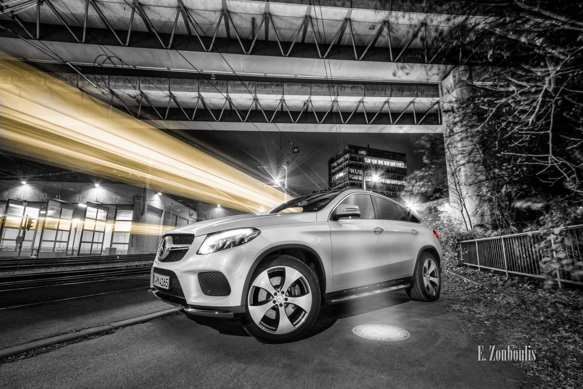 Auto, Automotive, Baden-Württemberg, Bahn, Bahndepot, Benz, Bridge, Brücke, Cars, Chromakey, City, Colorkey, Depot, Deutschland, Downtown, Dunkel, EZ00407, Fine Art, FineArt, GLE, Germany, Heslach, Himmel, Kubus360, Langzeitbelichtung, Licht, Lichtschweif, Light Trails, Long Exposure, Mercedes, Nacht, Night, Rot, SSB, Speed, Stadtbahn, Stuttgart, Stuttgart-Süd, Süd, Südheim, Traffic, Trails, Train, Tram, Zouboulis, gle400, glecoupé, gleise, red, zouboulis photography