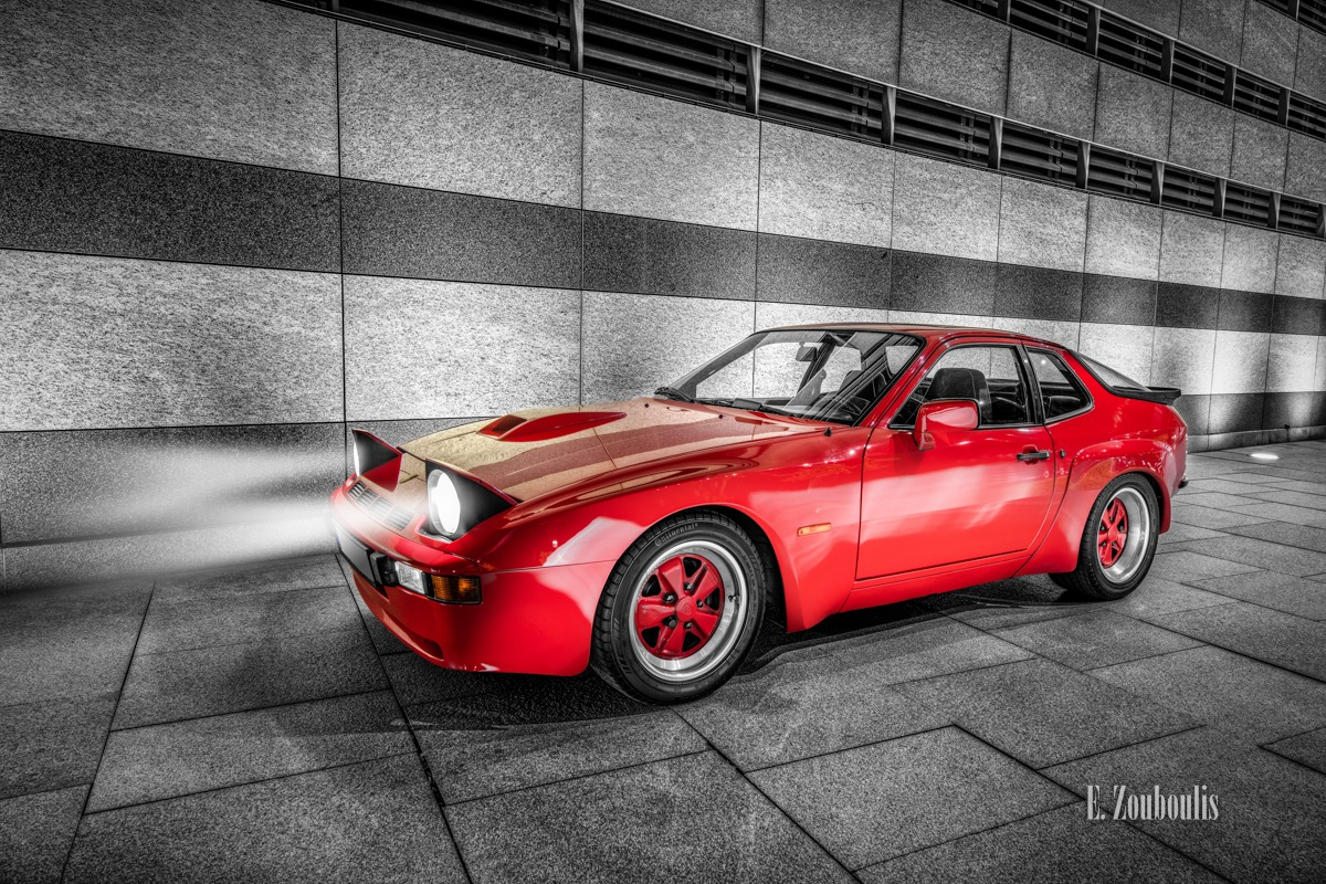 Architecture, Architektur, Auto, Car, Carrera, Carrera GT, Chromakey, Colorkey, Deutschland, Dunkel, EZ00468, Fine Art, FineArt, Germany, LBBW, Langzeitbelichtung, Licht, Long Exposure, Nacht, Night, Porsche, Porsche 924, Rot, Stuttgart, Zouboulis, classic, classic car refugium, hauptbahnhof, helber, oldtimer, red, youngtimer, zouboulis photography