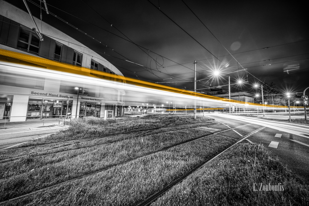 At The Speed Of Light, Chromakey, Colorkey, Crossing, Deutschland, Dunkel, EZ00471, Fine Art, FineArt, Gelb, Germany, Kelterplatz, Langzeitbelichtung, Licht, Light Trails, Long Exposure, Nacht, Night, Rail Tracks, SSB, Second Hand Boutique, Strassenbahn, Stuttgart, Traffic, Trails, Train, Tram, Verkehr, Yellow, Zouboulis, Zuffenhausen, intersection, kreuzung, schienen, tracks, zouboulis photography