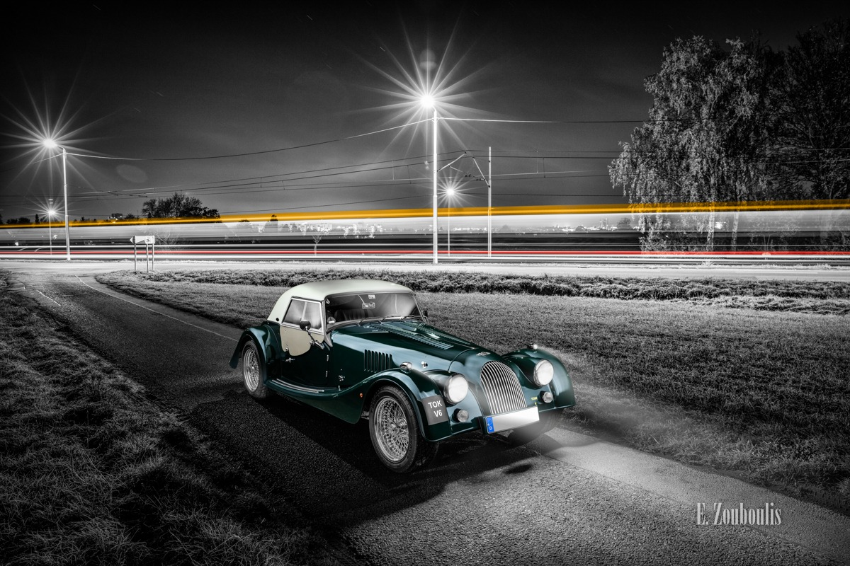 Baden-Württemberg, Bahn, Chromakey, Colorkey, Deutschland, Dunkel, EZ00583, Fine Art, FineArt, Germany, Green, Grün, Langzeitbelichtung, Licht, Light Trails, Long Exposure, Morgan, Möhringen, Nacht, Night, Roadster, Stuttgart, Traffic, Trails, Tram, Zouboulis, automobil, british, classic car refugium, helber, lemans, light trail, urban, v6, zouboulis photography