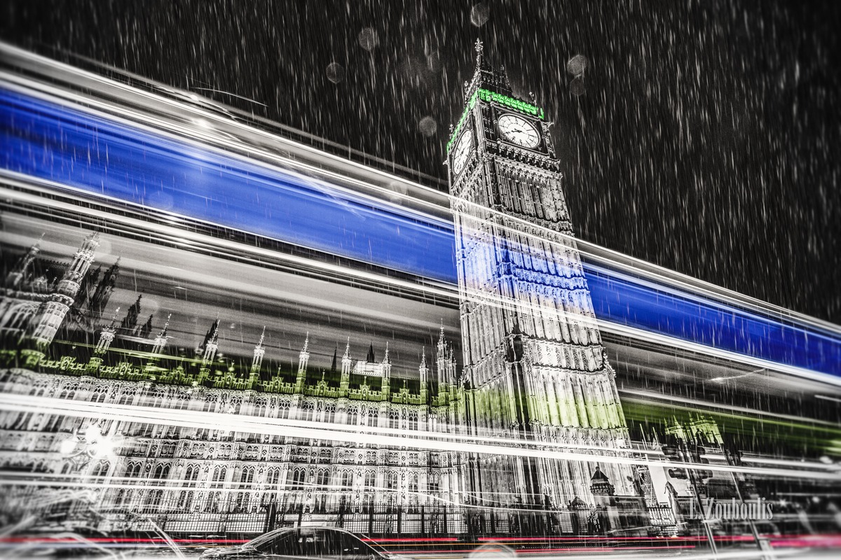 Best London Photos, Big Ben, Big Ben At The Speed of Light, BigBen, Blau, Blue, Britain, Chromakey, Colorkey, Dunkel, EZ00591, England, Fine Art, FineArt, Great Britain, Green, Grün, Licht, Light Trails, London, Nacht, Night, Palace, Rain, Regen, Rot, Traffic, Trails, UK, United Kingdom, Westminster, Westminster Bridge, Zouboulis, red, zouboulis photography
