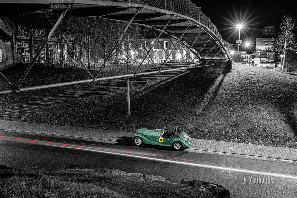 Baden-Württemberg, Bridge, Brücke, Chromakey, Colorkey, Deutschland, Dunkel, EZ00614, Fine Art, FineArt, Germany, Green, Grün, Langzeitbelichtung, Licht, Light Trails, Long Exposure, Morgan, Nacht, Night, Roadster, Street, Stuttgart, Traffic, Trails, Uni, Universität, Vaihingen, Zouboulis, automobil, british, classic car refugium, helber, historic, lemans, light trail, urban, zouboulis photography