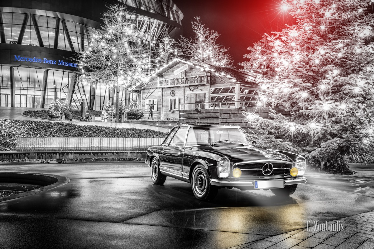 230 SL, Automotive, Baden-Württemberg, Baum, Benz, Cannstatt, Cannstatter Hütte, Cars, Christmas, Chromakey, Colorkey, Deutschland, Dezember, Dunkel, EZ00617, Fine Art, FineArt, Germany, Langzeitbelichtung, Licht, Long Exposure, Mercedes, Mercedes Benz Museum, Nacht, Night, Stuttgart, Tree, Weihnachstbaum, Weihnachten, Zouboulis, automobil, classic car refugium, helber, historic, holz, pagode, urban, wood, zouboulis photography