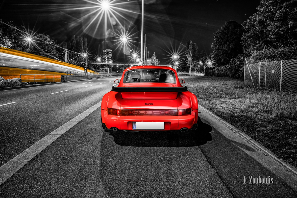 1992, Auto, Car, Chromakey, City, Colorkey, Deutschland, Dunkel, EZ00672, Fine Art, FineArt, Germany, Langzeitbelichtung, Licht, Light Long Exposure, Light Trails, Long Exposure, Nacht, Night, Porsche, Porsche 911, Porsche 911 Turbo, Pragsattel, Rot, SSB, Strassenbahn, Stuttgart, Traffic, Trails, Tram, Zouboulis, classic, classic car refugium, helber, historic, oldtimer, red, youngtimer, zouboulis photography