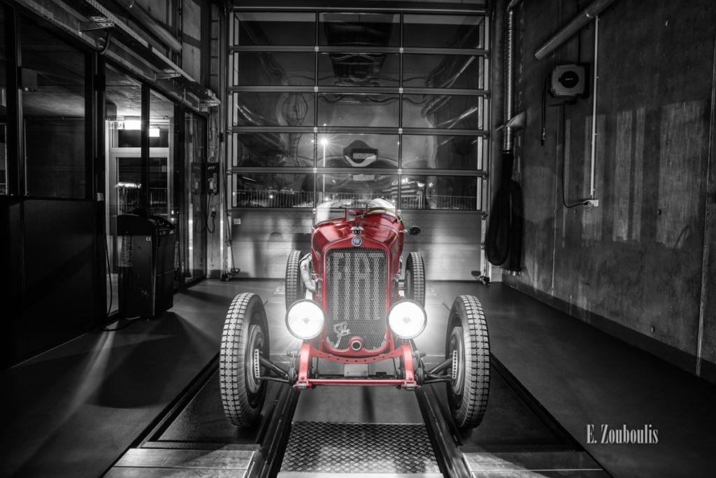 Schwarzweiß-Aufnahme mit einem Fiat 514S in Rot aus dem Jahr 1929