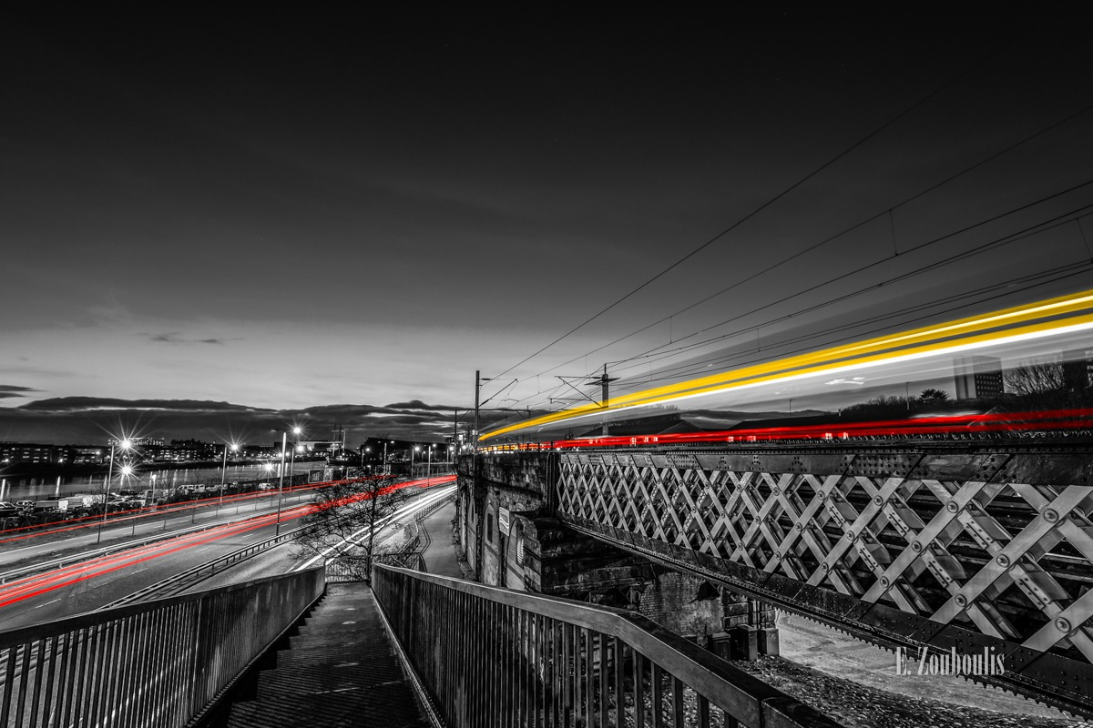 A814, Architecture, Architektur, At The Speed Of Light, Britain, Chromakey, City, Colorkey, Dunkel, EZ00740, Fine Art, FineArt, Gelb, Glasgow, Great Britain, Langzeitbelichtung, Licht, Light Trails, Long Exposure, Nacht, Night, Rot, Scotland, Traffic, Trails, Train, UK, United Kingdom, Yellow, Zouboulis, pointhouse road, red, stobcross road, urban, zouboulis photography