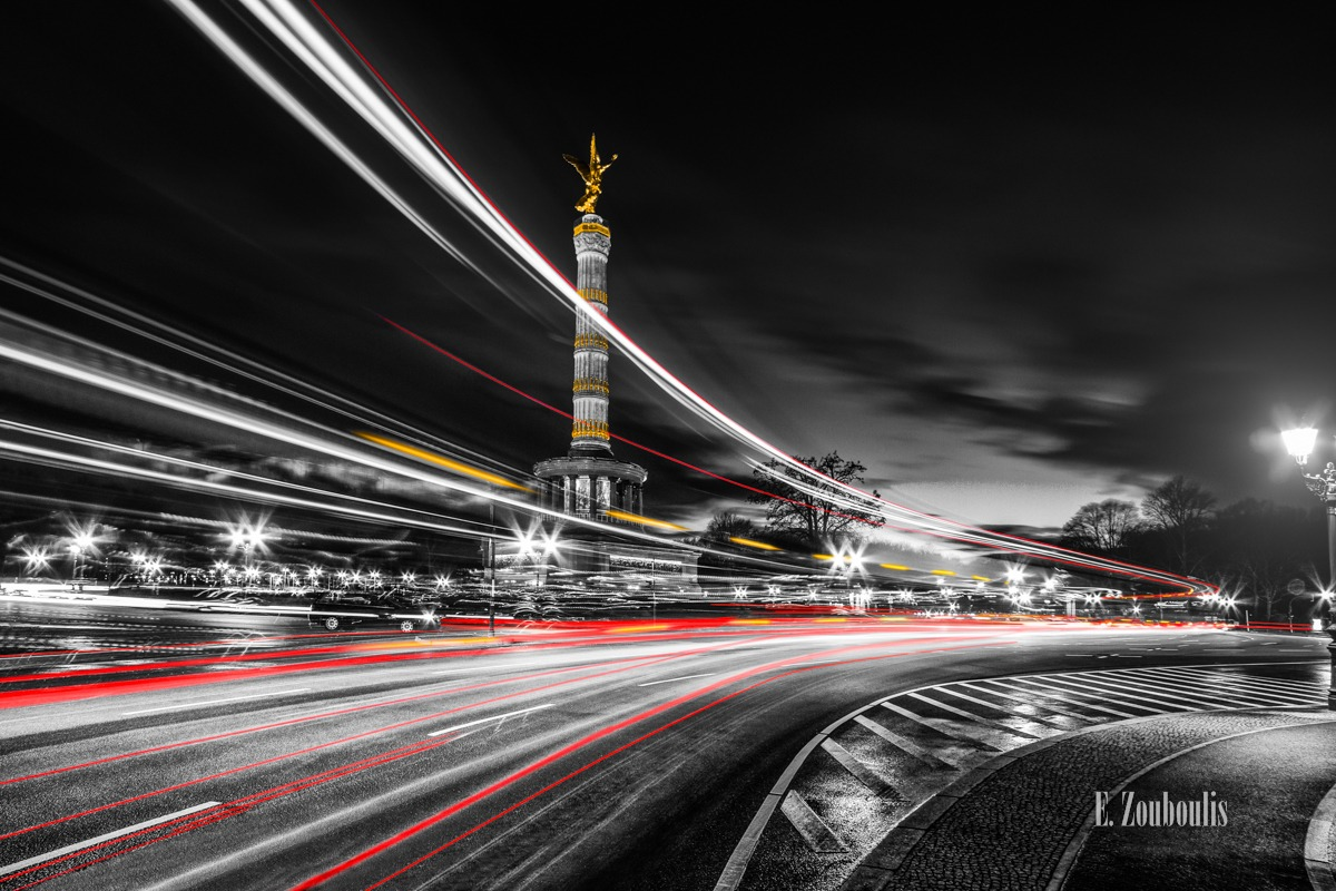 At The Speed Of Light, Berlin, Chromakey, Clouds, Colorkey, Dark, Deutschland, Dunkel, Düster, EZ00741, Fine Art, FineArt, Gelb, Germany, Goldelse, Großer Stern, Heinrich Stark, Kreisverkehr, Langzeitbelichtung, Licht, Light Trails, Long Exposure, Nacht, Night, Rot, Siegessäule, Speed, Tiergarten, Traffic, Trails, Viktoria, Wolken, Yellow, Zouboulis, column, denkmal, monument, red, traffic circle, victory, zouboulis photography
