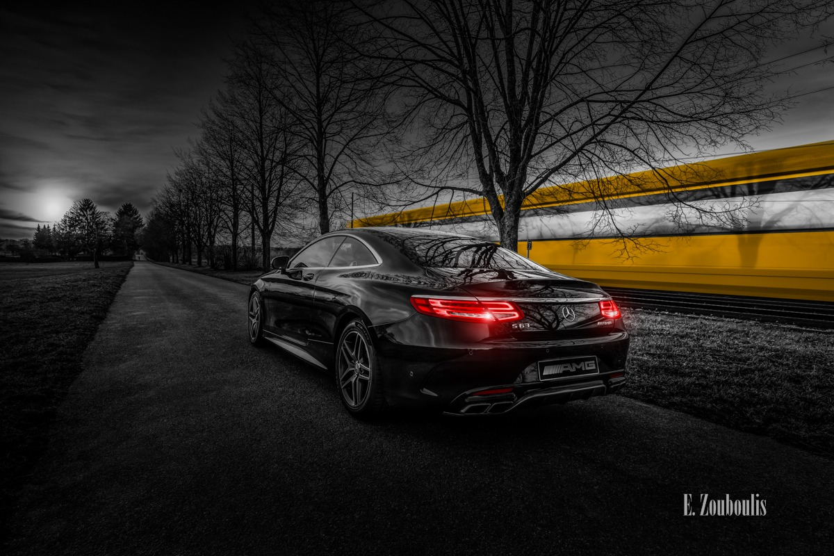 AMG, Automotive, Benz, Cars, Chromakey, Colorkey, Dark, Deutschland, Dunkel, EZ00750, Fine Art, FineArt, Gelb, Germany, Langzeitbelichtung, Licht, Light Trails, Long Exposure, Luxus, Mercedes, Plieningen, Rot, S63, SSB, SSBAG, Strassenbahn, Stuttgart, Traffic, Trails, Tram, Yellow, Zouboulis, luxury, red, s63amg, zouboulis photography