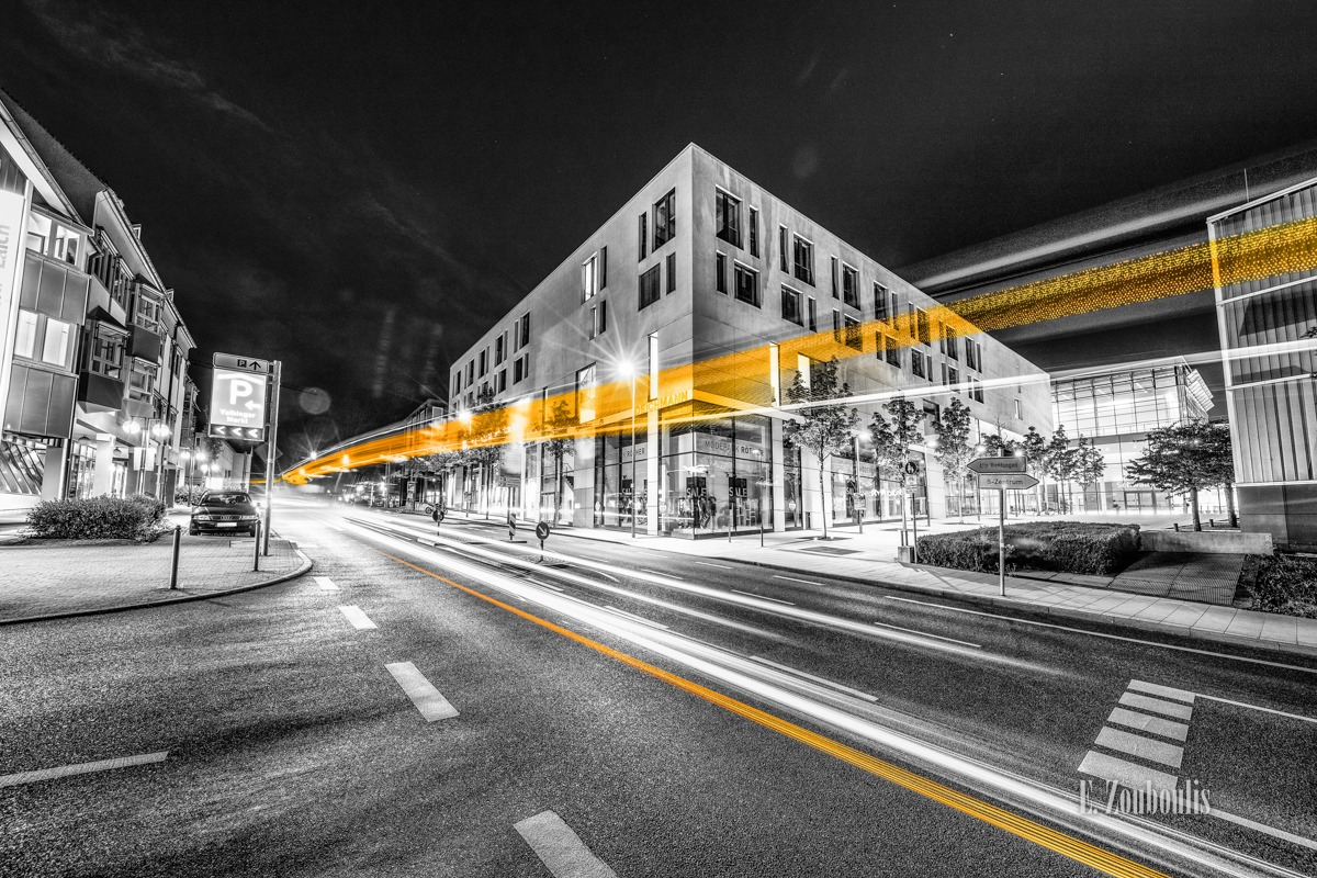 At The Speed Of Light, Bus, Chromakey, Colorkey, Deutschland, Dunkel, EZ00786, Fine Art, FineArt, Gelb, Germany, Langzeitbelichtung, Licht, Lichtschweif, Light Trails, Long Exposure, Nacht, Night, SSB, SSBAG, Speed, Stuttgart, Traffic, Trails, Vaihingen, Yellow, Zouboulis, robert-leicht-straße, schwabengalerie, zouboulis photography