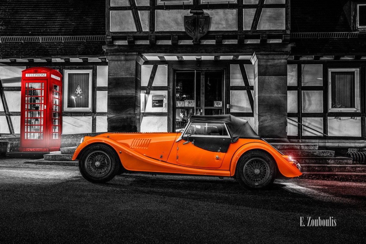 Baden-Württemberg, Chromakey, Deutschland, Dunkel, EZ00804, Fine Art, FineArt, Germany, Gärtringen, Licht, Light Trails, Long Exposure, Morgan, Nacht, Night, Orange, Roadster, Rot. Langzeitbelichtung, Zouboulis, automobil, british, classic car Colorkey, phone booth, phone box, rathaus. telephone, red, telefonzelle, urban, zouboulis photography