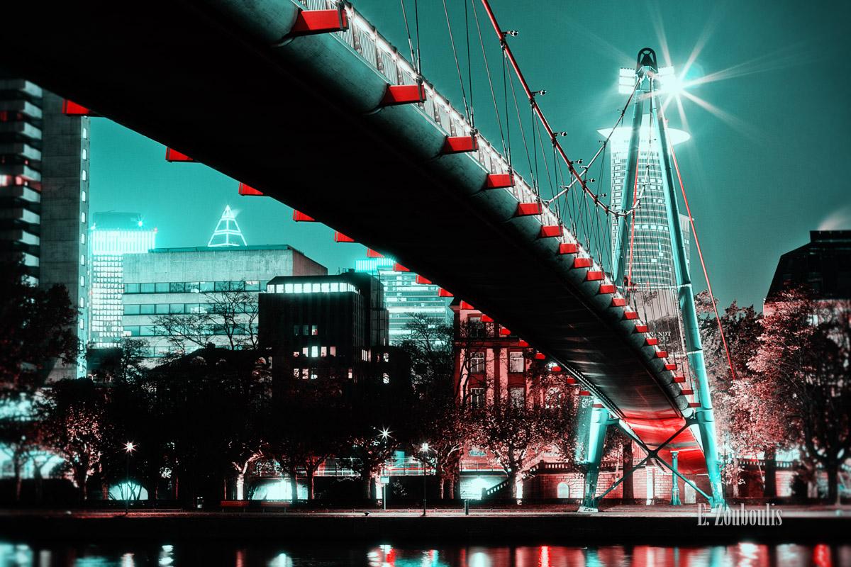 Bridge, Brücke, Deutschland, Dunkel, EZ00176, FFM, Fine Art, FineArt, Frankfurt, Frankfurt am Main, Germany, Green, Grün, Licht, Nacht, Night, Rot, Zouboulis, main, mainhattan, red, reflection, schaumainkai, skyscraper, spiegelung, zouboulis photography