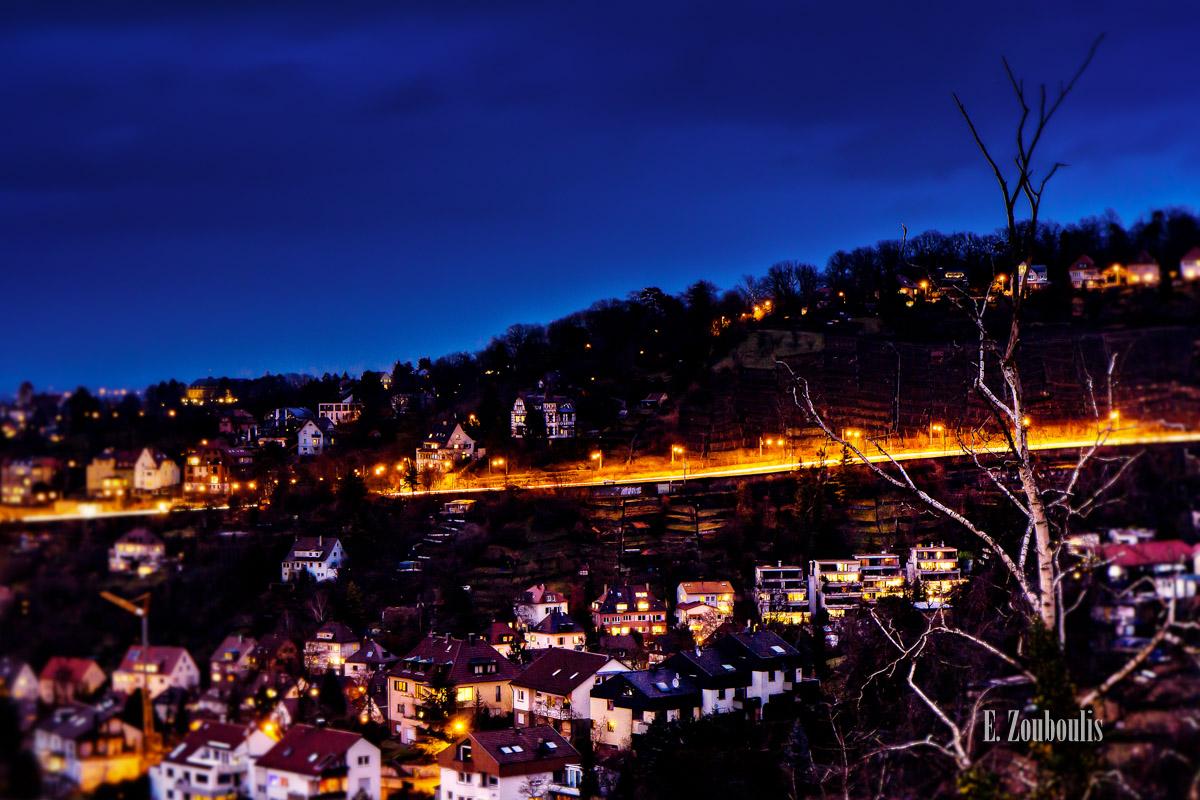 Alte Weinsteige, Blau, Blaue Stunde, Blue, Blue Hour, City, Deutschland, Dunkel, Dämmerung, EZ00258, Fine Art, FineArt, Germany, Himmel, Lila, Moody, Nacht, Night, Panorama, Pink, Skyline, Stimmungsvoll, Stuttgart, Stuttgart Süd, Weinsteige, Zouboulis, blick, kessel, stadt, tal, urban, urban dreams, view, zouboulis photography
