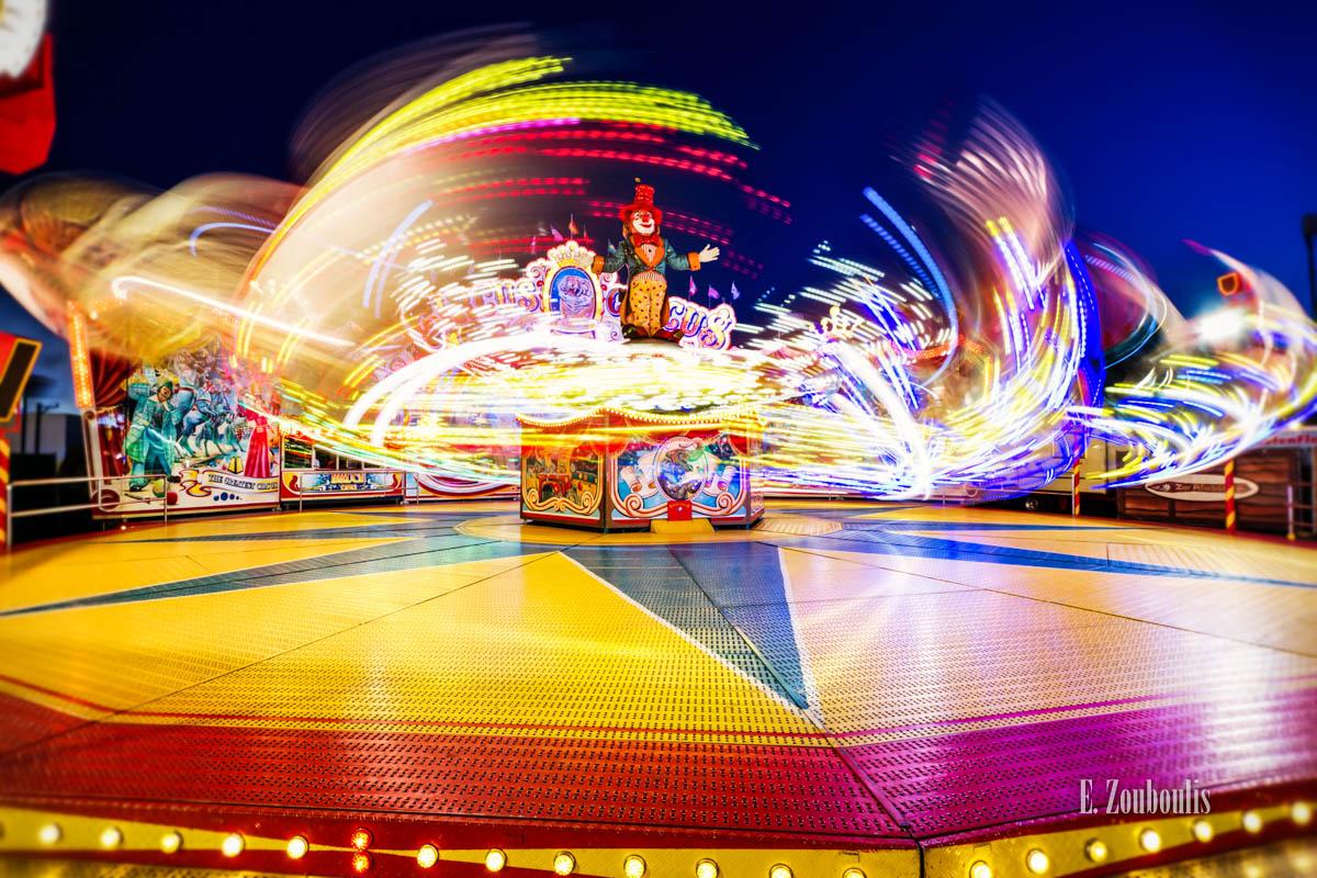 Amusement Park, Angular Velocity, Bad Cannstatt, Cannstatt, Cannstatter Wasen, Deutschland, Dunkel, EZ00290, Fest, Fine Art, FineArt, Frühlingsfest, Germany, Licht, Light Trails, Nacht, Night, Oktoberfest, Speed, Stuttgart, Trails, Volksfest, Wasen, Zouboulis, clown, coulrophobia, fun, hook, lights, ride, spass, zouboulis photography