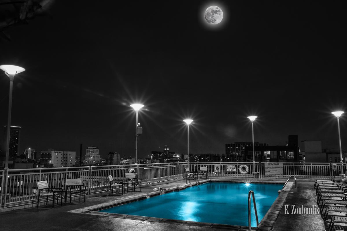 Blau, Blue, Chromakey, City, Colorkey, Dunkel, EZ00423, Fine Art, FineArt, Full Moon, Licht, Mond, Moon, Nacht, Night, Pool, San Francisco, Schwimmbad, Schwimmen, Swimming, Swimming Pool, USA, Vollmond, Zouboulis, california, cityscape, moonshine, urban, water, zouboulis photography