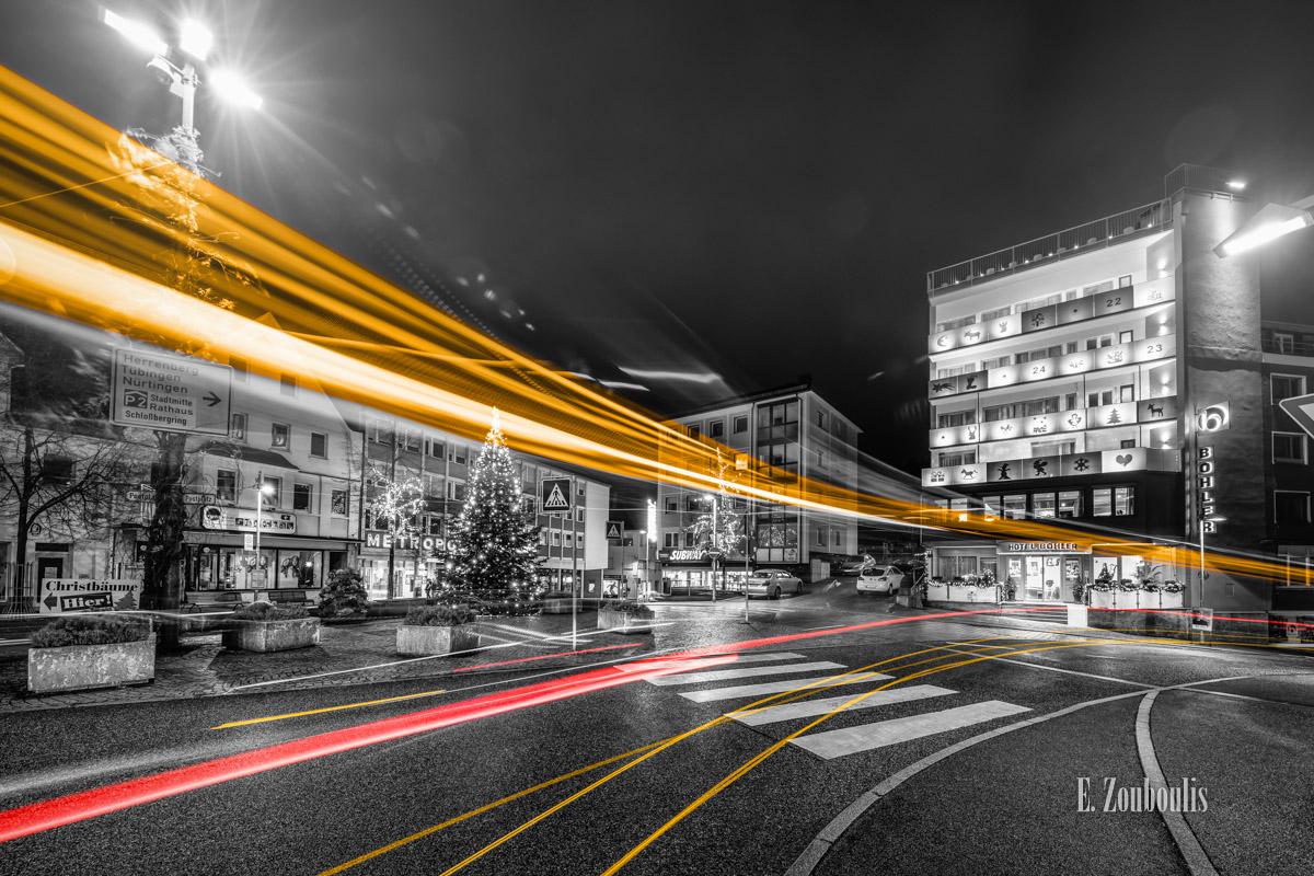 At The Speed Of Light, Baden-Württemberg, Baum, Böblingen, Chromakey, City, Colorkey, Deutschland, Dunkel, EZ00817, Fine Art, FineArt, Gelb, Germany, Licht, Light Trails, Nacht, Night, Rot, Street, Traffic, Trails, Tree, Weihnachten, Yellow, Zouboulis, böhler, christbaum, kino, lights, metropol, postplatz, red, urban, weihnachtsbaum, zouboulis photography